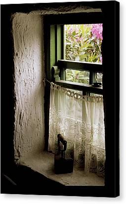 County Kerry, Ireland Cottage Window Canvas Print by Richard Cummins
