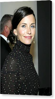 Courteney Cox At Arrivals For Kinerase Canvas Print by Everett