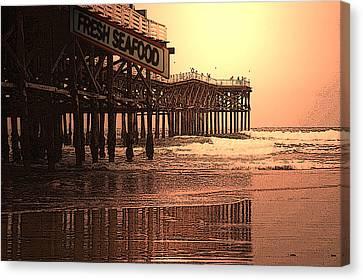 Crystal Pier  San Diego California Canvas Print by Richard Shelton