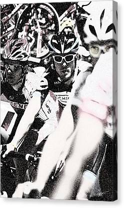 Cycllist In The Peleton Canvas Print by Vicki Pelham