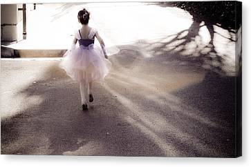 Dancing In Dreamland  Canvas Print by Denice Breaux
