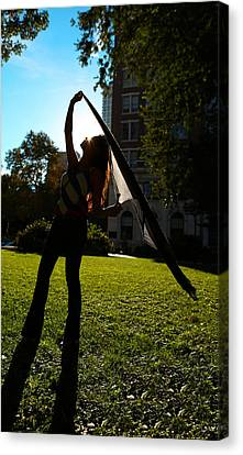 Dancing With The Sunset - Philadelphia - Pensilvania - Sunset Canvas Print by Lee Dos Santos