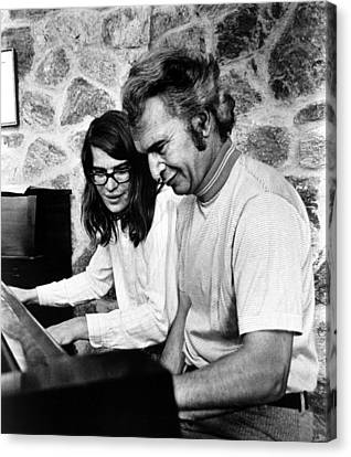 Dave Brubeck And Son Chris Playing Canvas Print by Everett