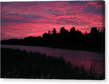Dawn Glory Canvas Print by Richard De Wolfe