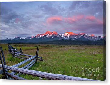 Dawn Light On The Sawtooth Mountains Canvas Print by Keith Kapple