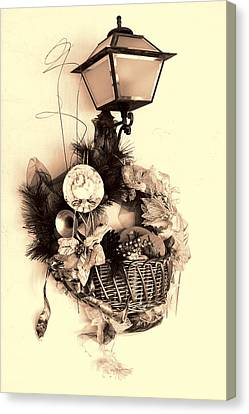Decorative Holiday Basket With Lamp Canvas Print by Linda Phelps