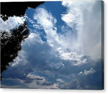 Deep Skies Canvas Print by Glenn McCarthy Art and Photography