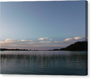 Delightful Dusk Canvas Print by Brian  Maloney