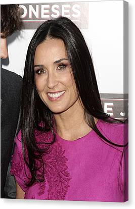 Demi Moore At Arrivals For The Joneses Canvas Print by Everett