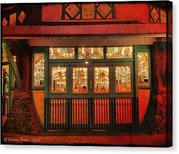 Dentzel Carousel As It Is Closing For The Night Canvas Print