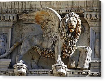 Venise Canvas Print - Doge S Palace Lion Of St Mark Venice by Cedric Darrigrand