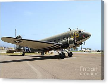 Douglas C47 Skytrain Military Aircraft 7d15786 Canvas Print by Wingsdomain Art and Photography
