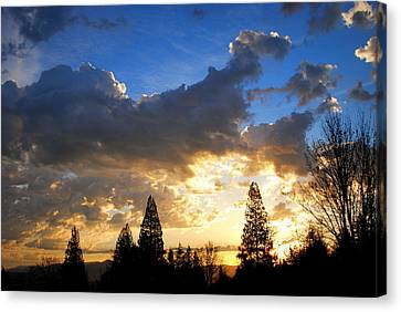 Dramatic Sunrise  Canvas Print