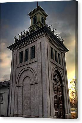 Dundurn Castle Aviary Tower Canvas Print by Larry Simanzik