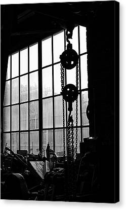 Canvas Print featuring the photograph Dunklee Winch by Tom Singleton