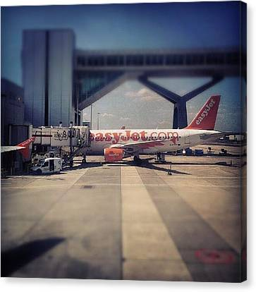 Instago Canvas Print - #easyjet #gatwick #airplane #airport by Abdelrahman Alawwad