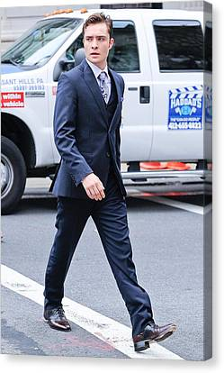 Ed Westwick, Walks To The Gossip Girl Canvas Print by Everett