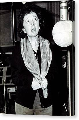 Edith Piaf 1915-1963recording In Paris Canvas Print by Everett