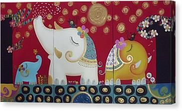 Elephant Family. Canvas Print by Suwannee Wannasopha