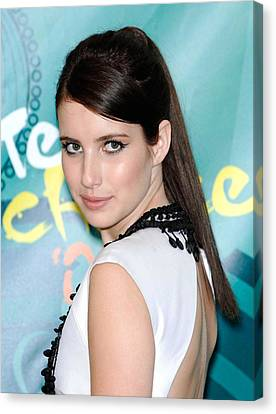 Emma Roberts In The Press Room For Teen Canvas Print by Everett