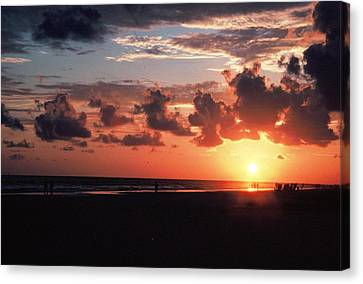 End Of Perfect Day Canvas Print by Sgt Donald Lee Handley