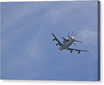 Endeavour's Last Flight Canvas Print by Molly Heng