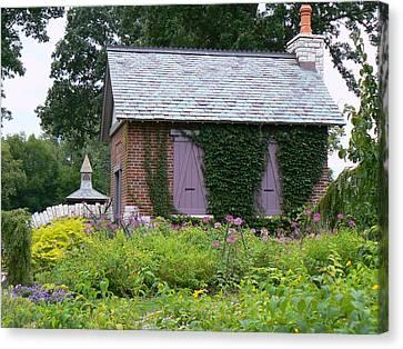 English Cottage Canvas Print
