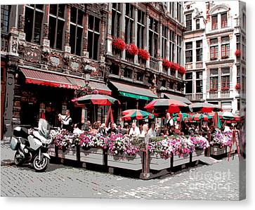 Enjoying The Grand Place Canvas Print by Carol Groenen