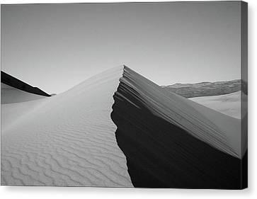 Eureka Dunes, Death Valley National Park Canvas Print by Gary Koutsoubis