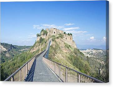 Europe Italy Umbria Civita Bridge Canvas Print by Rob Tilley