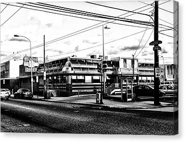 Everybody Goes To Melrose - The Melrose Diner - Philadelphia Canvas Print by Bill Cannon