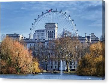 London Eye Canvas Print - Eyeing The View by Joan Carroll