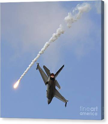 F-16am Fighting Falcon Spitting Flare Canvas Print