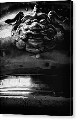 Face On A Incense Pot Taken In The Guan Di Temple In Ku Canvas Print by Zoe Ferrie