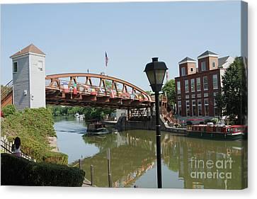 Canvas Print featuring the photograph Fairport Lift Bridge by William Norton