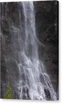 Farie Falls Canvas Print by Charles Warren