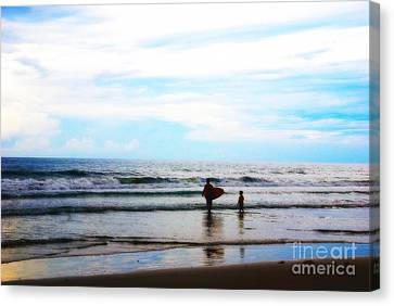 Father And Son Moments Canvas Print by Susanne Van Hulst