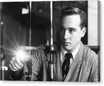 Fbi Scientists Applied Technology Canvas Print by Everett