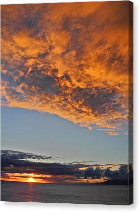 Fiery Sky At Sunset In Maui Canvas Print by Kirsten Giving