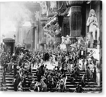 Film: Intolerance, 1916 Canvas Print by Granger