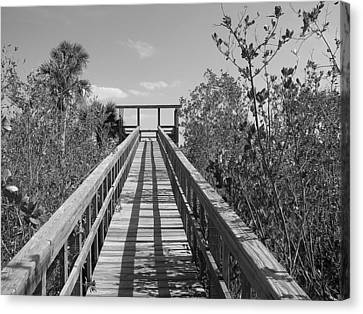 Canvas Print featuring the photograph Final Entrance by Bill Lucas