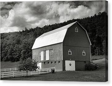 Finger Lakes Barn I Canvas Print by Steven Ainsworth