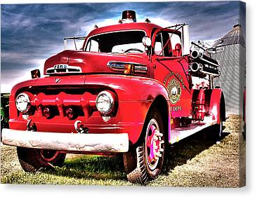 Fire Truck Canvas Print by Susi Stroud