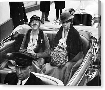 First Ladies Car At The 1933 Canvas Print by Everett