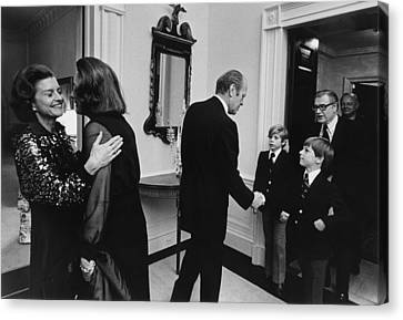 First Lady Betty Ford And Happy Canvas Print by Everett