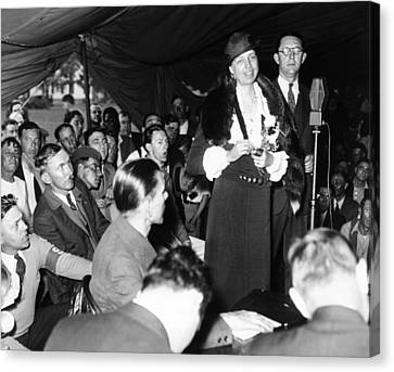 First Lady Eleanor Roosevelt Visits Canvas Print by Everett