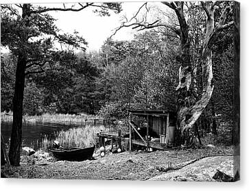 Fishermans Camp After The Summer Canvas Print by Matthias Siewert