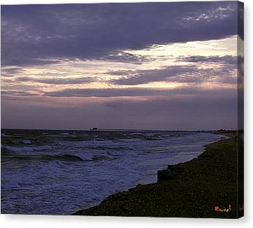 Canvas Print featuring the photograph Fishing Pier Before The Storm 14a by Gerry Gantt
