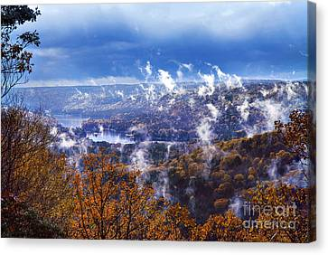 Fog Over The Barkhamsted Reservoir Canvas Print by HD Connelly