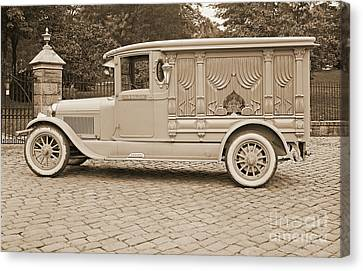 Ford Motor Company Hanlon Lincoln Hearse 1915 Canvas Print by Padre Art